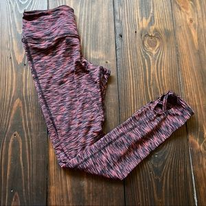 American Eagle Printed Leggings with leg cut out